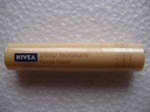 nivea_deep_moisture_lip_3