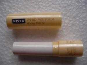 nivea_deep_moisture_lip_4
